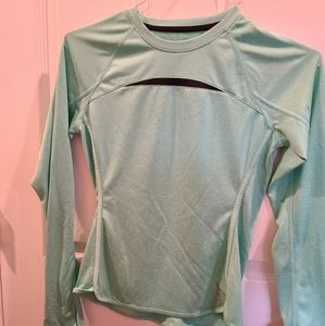 Women's Reebok active shirt